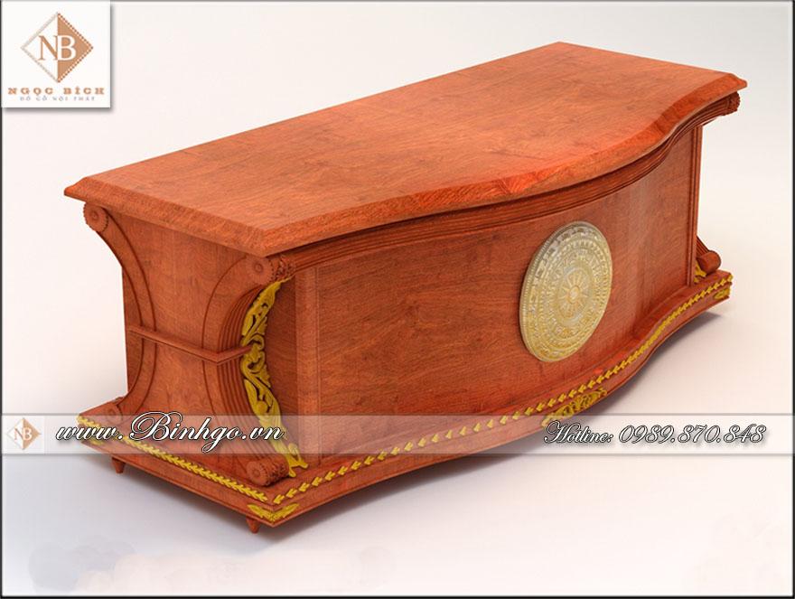 Bàn làm việc của giám đốc ( Bàn làm việc giám đốc gỗ tự nhiên ) làm bằng gỗ Gõ Đỏ sơn PU hoàn thiện, kết hợp với sơn nhũ vàng