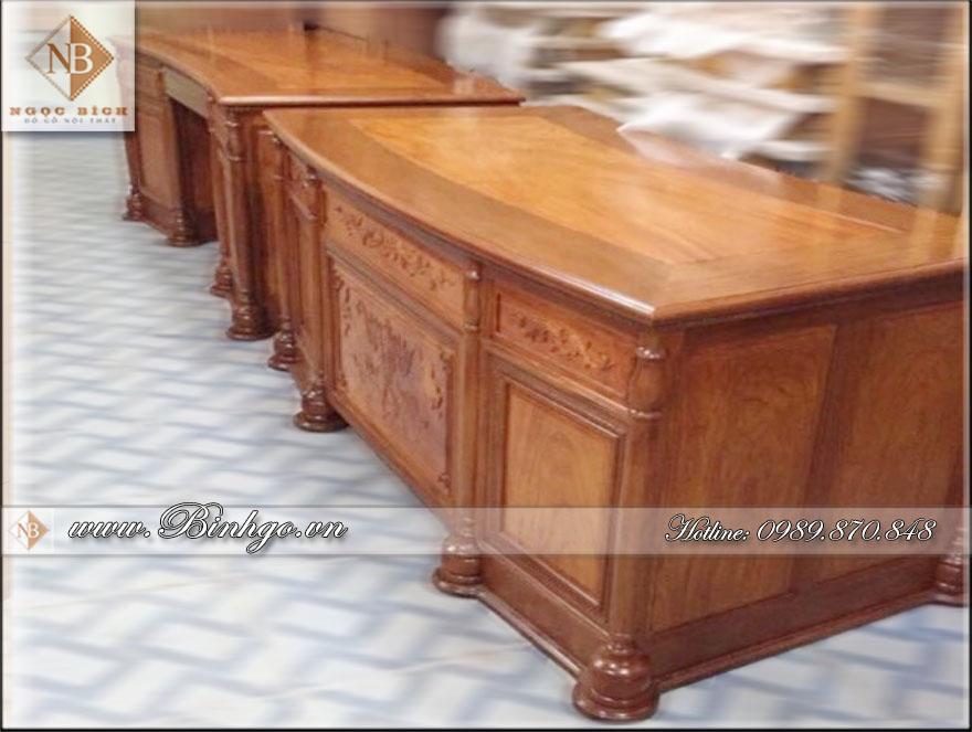 Bàn làm việc của giám đốc ( Bàn làm việc giám đốc gỗ tự nhiên ) làm bằng gỗ Gụ sơn PU hoàn thiện