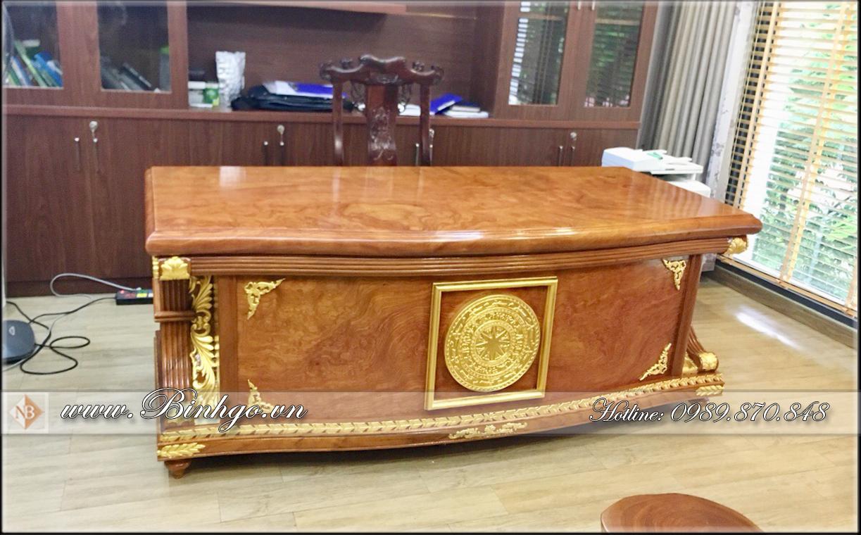 Bàn Giám Đốc gỗ Nu Gõ nguyên khối, kích thước Dài 197 x Rộng 95 x cao 75 cm