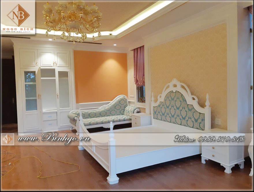 Giường Ngủ - Phòng ngủ nội thất biệt thự Tân Cổ Điển - Sơn trắng bằng công nghệ cao, Chất liệu gỗ Sồi