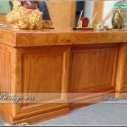 Bàn làm việc mặt nguyên khối gỗ Gõ Đỏ kích thước Dài 193x cao 75x Rộng 81cm