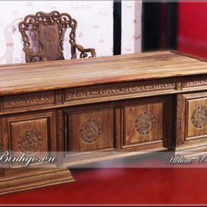 Bàn Giám Đốc Tân Cổ Điển - Mã: BLV-S688 không chỉ toát lên nét đẹp ở vẻ bề ngoài của một chiếc bàn làm việc sang trọng với chất liệu gỗ cao cấp, đương đại mà còn khẳng định được vị thế và đẳng cấp của chủ nhân sở hữu nó.