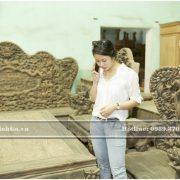 Bộ Bát Mã gỗ Mun gồm 10 món, được đục chạm hoàn toàn thủ công bằng tay rất tinh xảo. Gỗ Mun được tuyển chọn rất kỹ với chất lượng gỗ tốt và đẹp.