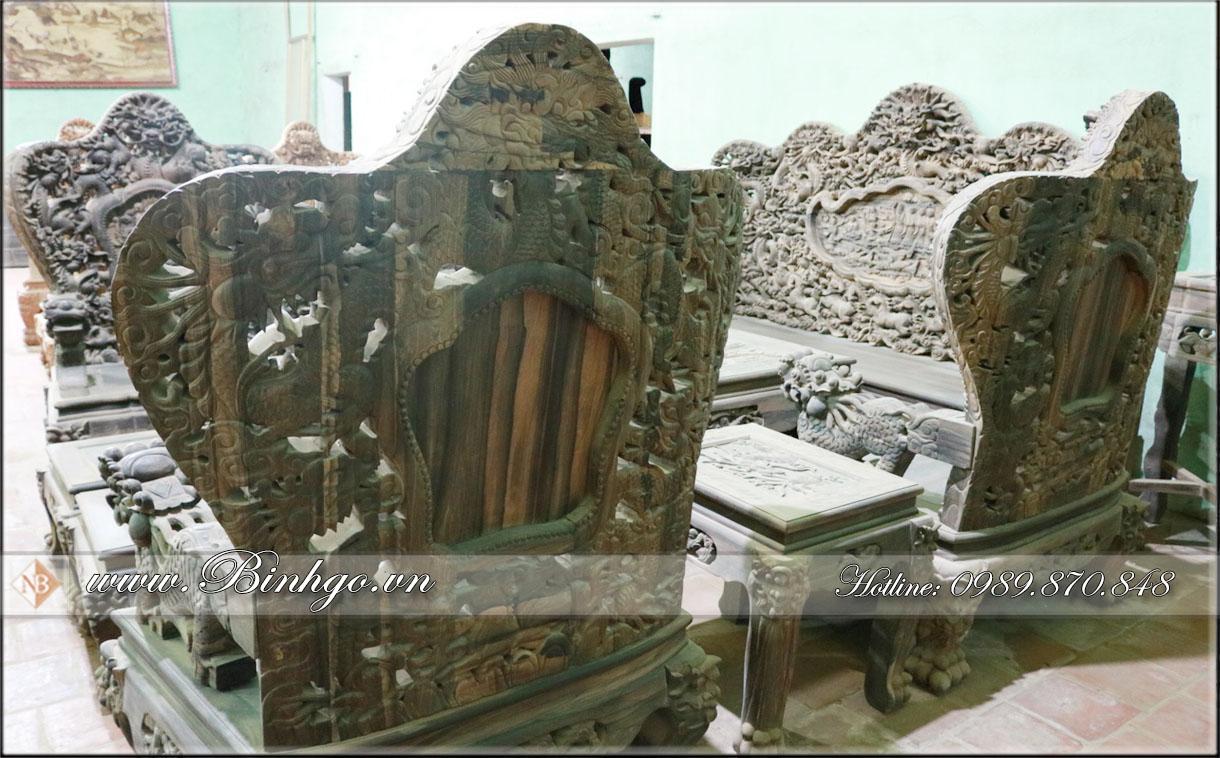 Mặt sau ghế đơn bộ Bát Mã gỗ Mun
