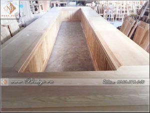 Nội thất Phòng họp trực tuyến, Nội thất phòng họp một số cơ quan ngang bộ, tỉnh ủy. Được làm 100% bằng chất liệu gỗ Tự Nhiên.