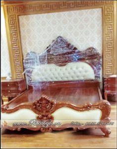 Giường ngủ mẫu Louis Tâm Cổ Điển siêu vip. Được lắp đặt tại biệt thự khách hàng.