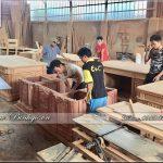Xưởng sản xuất bàn làm việc gỗ tự nhiên uy tín tại Hà Nội