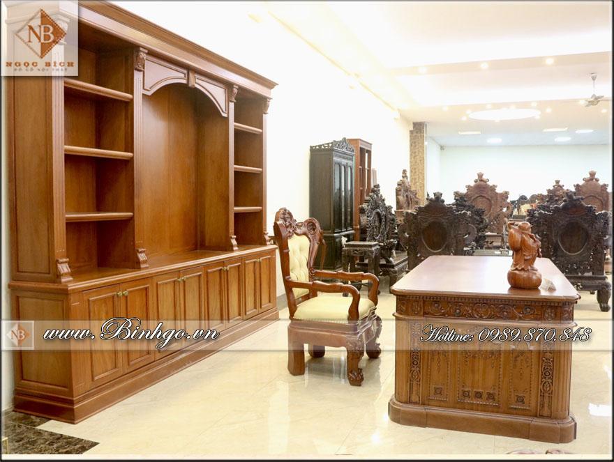 Bộ sản phẩm Tủ tài liệu và Bàn Giám Đốc phòng lãnh đạo. Sản phẩm được làm bằng chất liệu gỗ Gõ Đỏ quý hiếm.