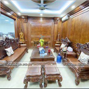 Toàn Bộ không gian Bộ sofa Tân Cổ điển Luois gỗ Cẩm lai nhập khẩu, đang được trưng bày bán tại showroom Đồ Gỗ Ngọc Bích. Hình ảnh trên là bộ Sofa Luois 6 ( Bộ gồm 6 món đồ ).