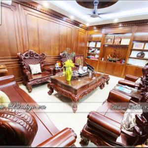 Bộ Sofa Louis 10 gỗ Cẩm Lai nhập khẩu được làm thủ công bằng tay 100%. Sản phẩm phù hợp với không gian phòng khách hoặc phòng Làm việc Style tân cổ điển, có diện tích từ 35-40m2