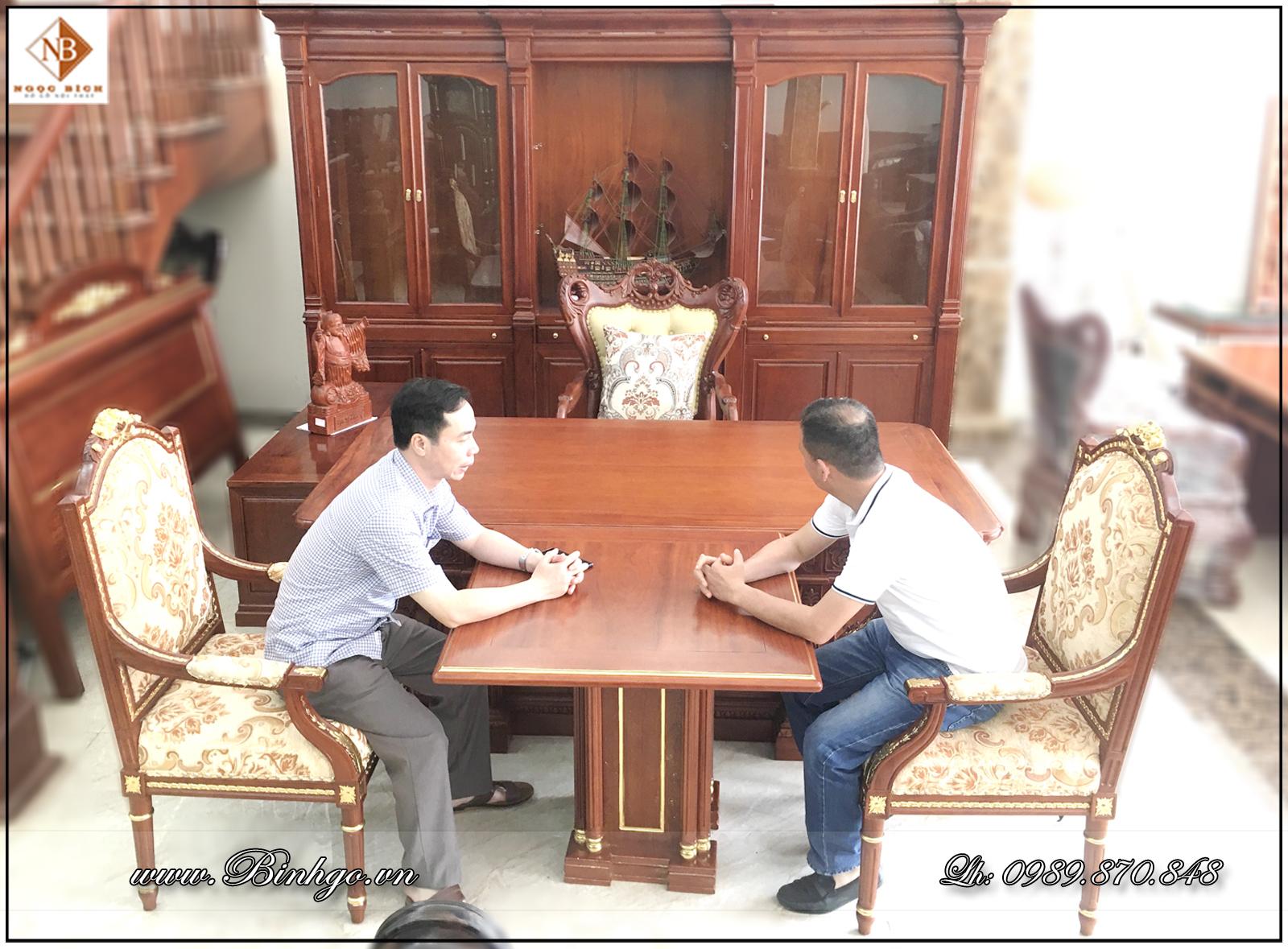 Bàn họp đôi Putin. Trong phòng Giám Đốc. Kích thước 69x69x77cm hoặc 81x81x77cm