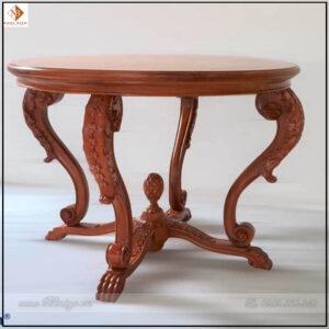 Bàn trang trí phòng khách tân cổ điển, được làm bằng gỗ Gõ Đỏ. Toàn bộ sản phẩm được đục bằng tay bởi các nghệ nhân của làng nghề Đồng Kỵ.