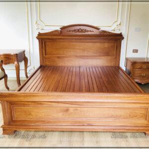 Giường ngủ tân cổ điển mẫu Italy. Được thiết kế theo phong cách Italy rất thanh thoát tinh tế và nhẹ nhàng.